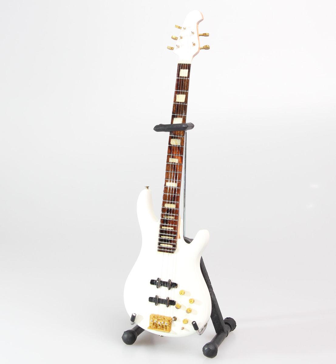 kytara Nathan East - Yamaha White - MINI GUITAR USA - NEST White