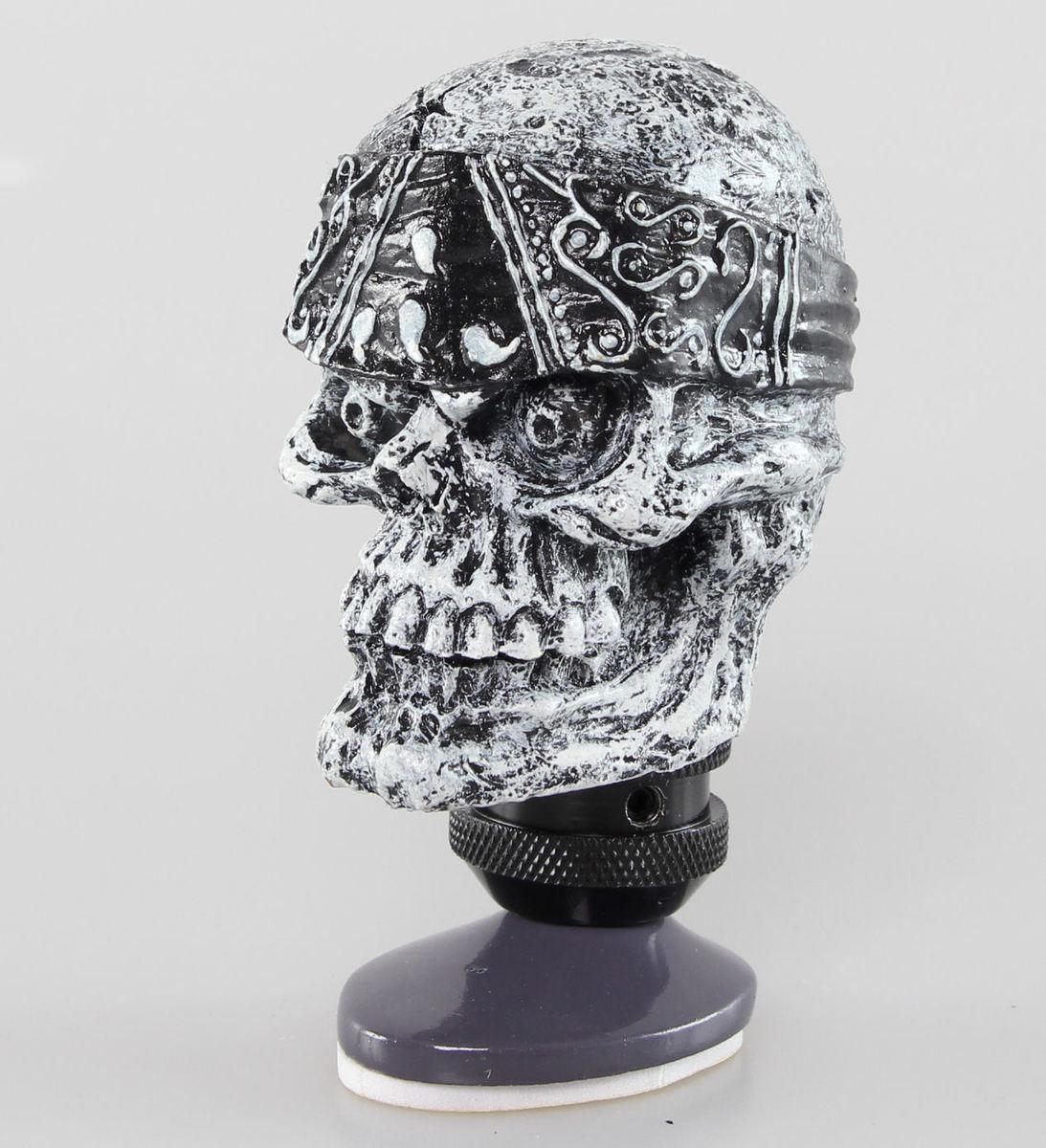 dekorace (hlavice řadící páky) LETHAL THREAT - Skull Head Shift Knob - SK00020