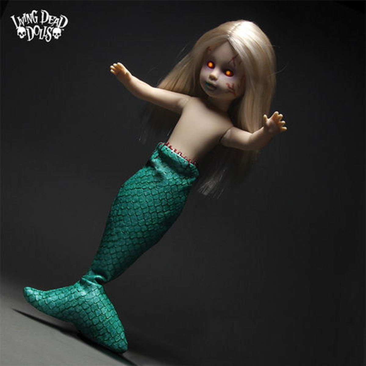 panenka LIVING DEAD DOLLS - Feejee Mermaid - MEZ93330-3
