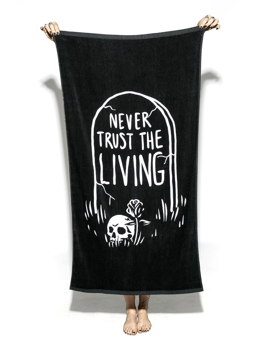 ručník (osuška) BLACK CRAFT - Never Trust The Living - BT003NL