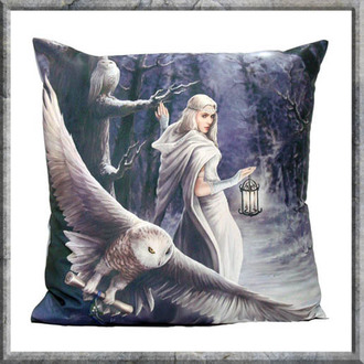 polštář Anne Stokes - Cushion - Midnight Messenger
